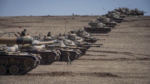 Operacja militarna rozpoczęła się o godz. 4:00  (fot. Anadolu Agency / Contributor / Getty Images)
