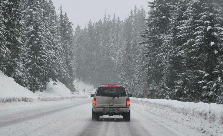 Po śnieżnej i wietrznej nocy w środę spodziewana jest stabilizacja pogody (fot. Pixabay/newsanek)
