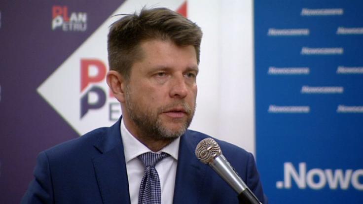 Petru poinformował, że partia opracowuje program na jesienne wybory samorządowe