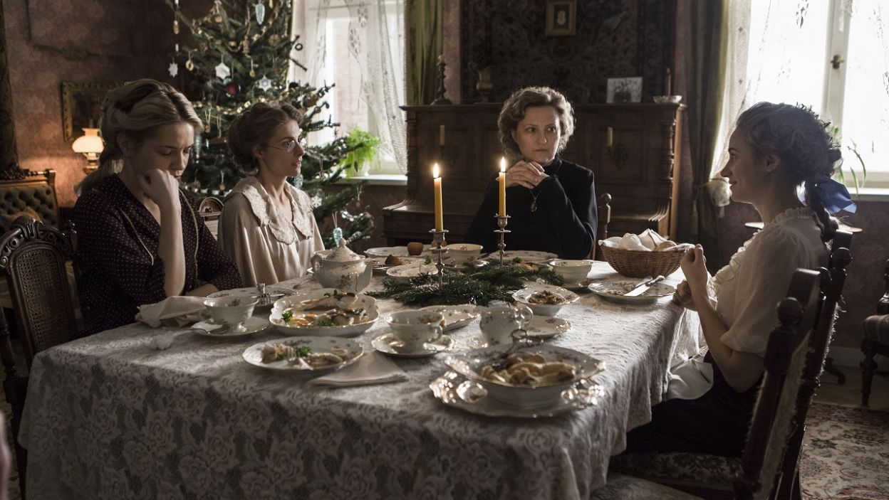 Podążaj za siostrami Biernackimi i śledź ich losy w nowym serialu (fot. TVP)