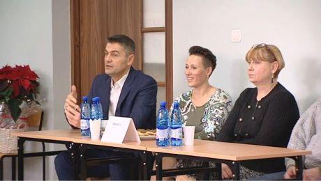 """""""STOP zwolnieniom z WF!"""". Debata w olsztyńskiej szkole"""