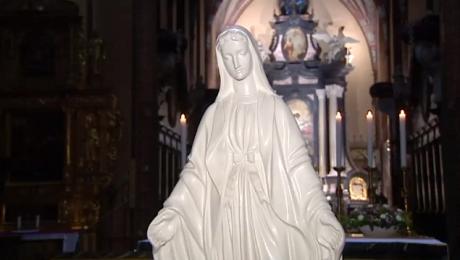 Święto Maryjne. Jest jednym z najważniejszych w kościele katolickim