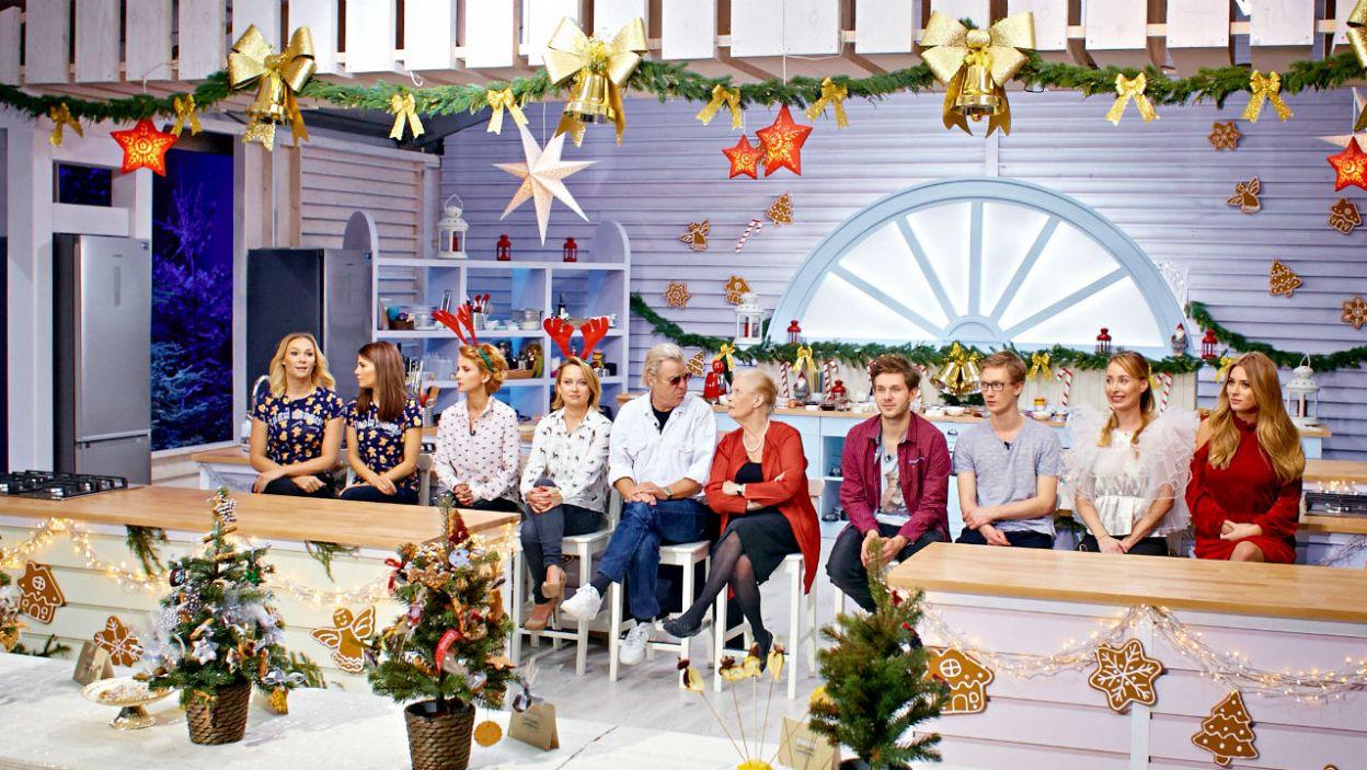 Renifery, choinki, bombki i gwiazdy, studio czeka na kulinarny, twórczy rozgardiasz! (fot. TVP)