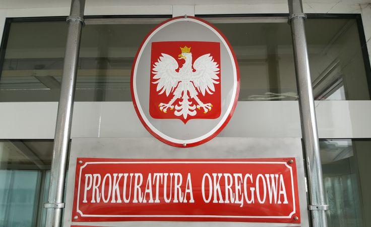 Śledztwo w tej sprawie prowadzi zespół trojga prokuratorów z Prokuratury Okręgowej w Krakowie.