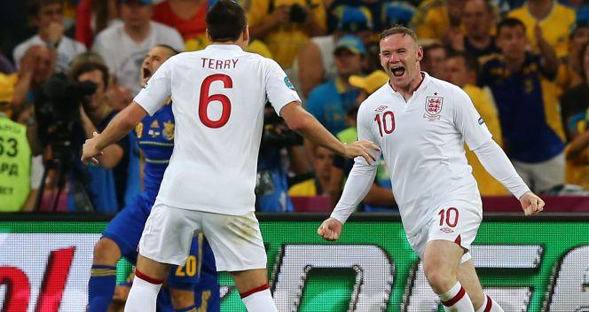 Gol Rooneya zapewnił Anglli pierwszej miejsce w grupie D (fot. Getty Images)
