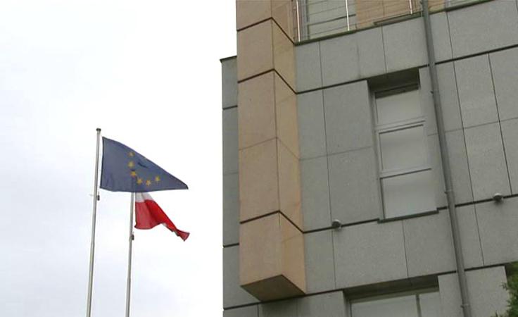 Granat czy petarda pytanie o wybuch w polskim konsulacie