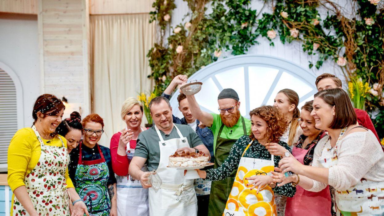 W II edycji programu amatorzy cukiernictwa  zmierzą się m.in. z wypiekami wielkanocnymi  i tortami okolicznościowymi (fot. TVP)