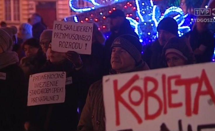 Kolejne protesty przeciw planom zaostrzenia prawa do aborcji