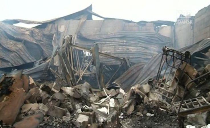 Doszczętnie spłonął zakład produkcji mebli