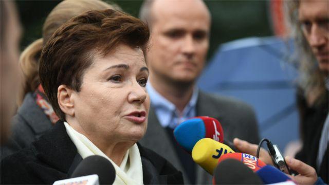 Fiskus wszedł na konto Gronkiewicz-Waltz. Ściągnął kary za unikanie komisji