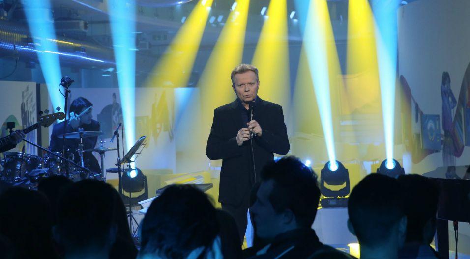 Artysta zaśpiewał na scenie w Muzeum Polskiej Piosenki (fot. Natasza Młudzik/TVP)