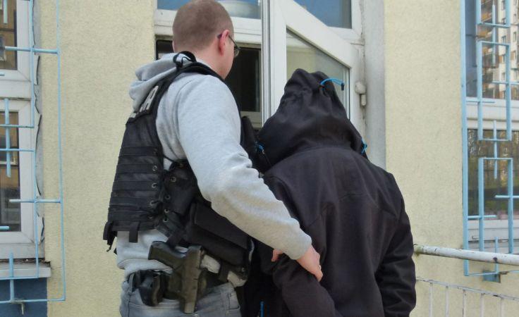 Zatrzymany 19-latek grasował na Chełmińskim Przedmieściu