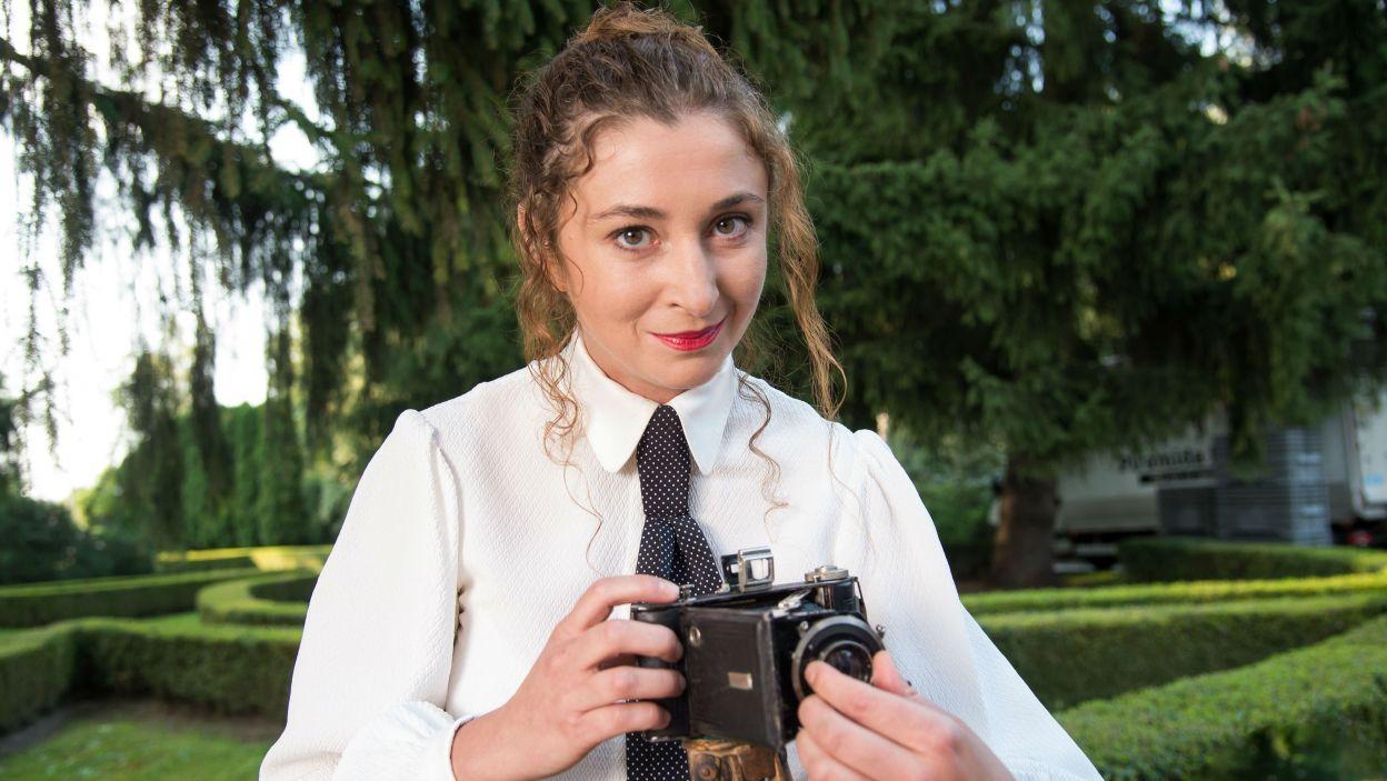 ... i Anna Gryszkówna jako Karolina (fot. Jan Bogacz/TVP)