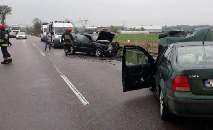 Trzy osoby trafiły do szpitala (fot. KWP Olsztyn)