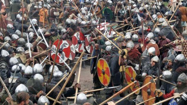 Rekonstrukcja bitwy z udziałem wikingów (fot. DM)