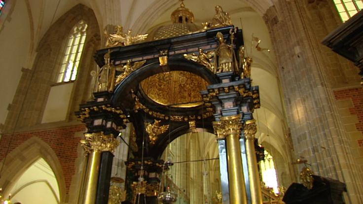 Tegoroczne prace we wnętrzu katedry kosztowały w sumie 800 tys. zł.