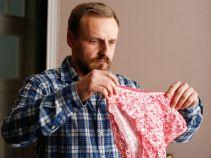 Ten bez wahania rozpoznaje pamiątkę po Marcie (fot. TVP)