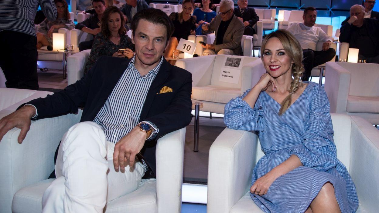 Marcin Kwaśny i Magda Tul – na pewno wiedzieli, dlaczego Wyspiański porzucił farby olejne na rzecz suchych pasteli! (fot. Jan Bogacz/TVP)