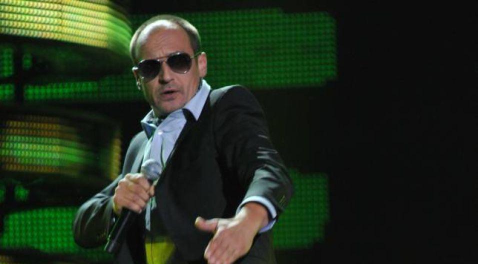 """Paweł Kukiz dopytywał """"No co ja ci zrobiłem?"""" (fot. Ireneusz Sobieszczuk/TVP)"""