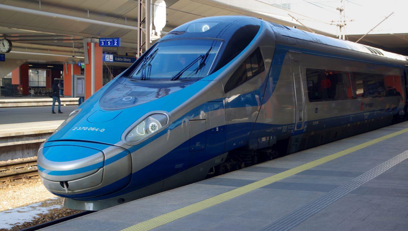 Rząd przyjął projekt nowelizacji ustawy o publicznym transporcie zbiorowym  (fot. Wikimedia Commons/Jakub Hałun)