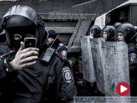 """Sikorski: Putin naciskał na Janukowycza ws. Majdanu. """"Uderz naprawdę mocno"""""""