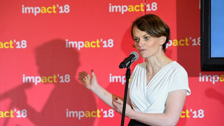 Minister przedsiębiorczości i technologii Jadwiga Emilewicz podczas Kongresu Impact'18 w Krakowie. fot. PAP/Jacek Bednarczyk