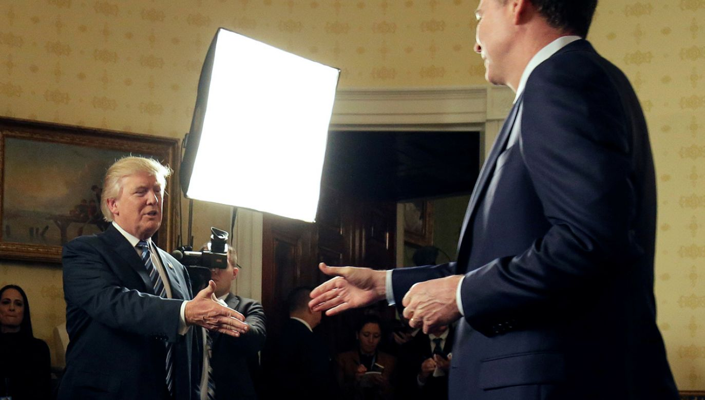 Prezydent USA Donald Trump, były szef FBI James Comey (fot. REUTERS/Joshua Roberts)