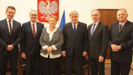 Zbigniew Babalski (drugi z prawej) został wiceministrem rolnictwa