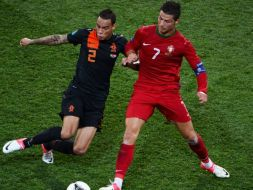 Gregory van der Wiel i Cristiano Ronaldo (fot. Getty Images)