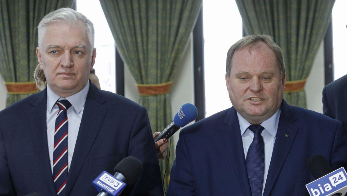 Jarosław Gowin (L) i Mieczysław Baszko (P) (fot. PAP/Artur Reszko)