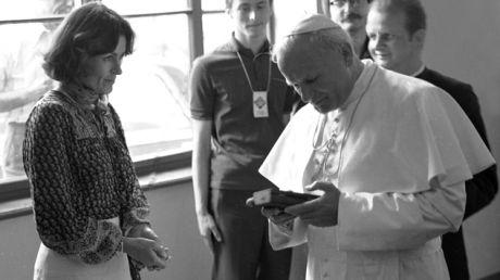 Rutkiewicz zdobyła Mount Everest tego samego dnia, w którym Karol Wojtyła został wybrany na papieża (fot. arch. PAP/Tomasz Prażmowski)