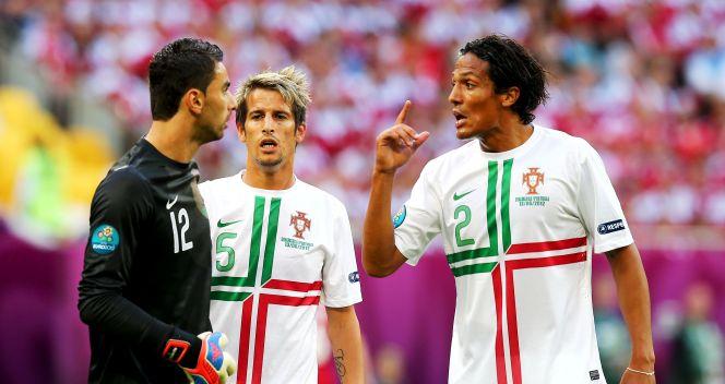 Dyskusja pomiędzy portugalskimi zawodnikami (fot. Getty Images)