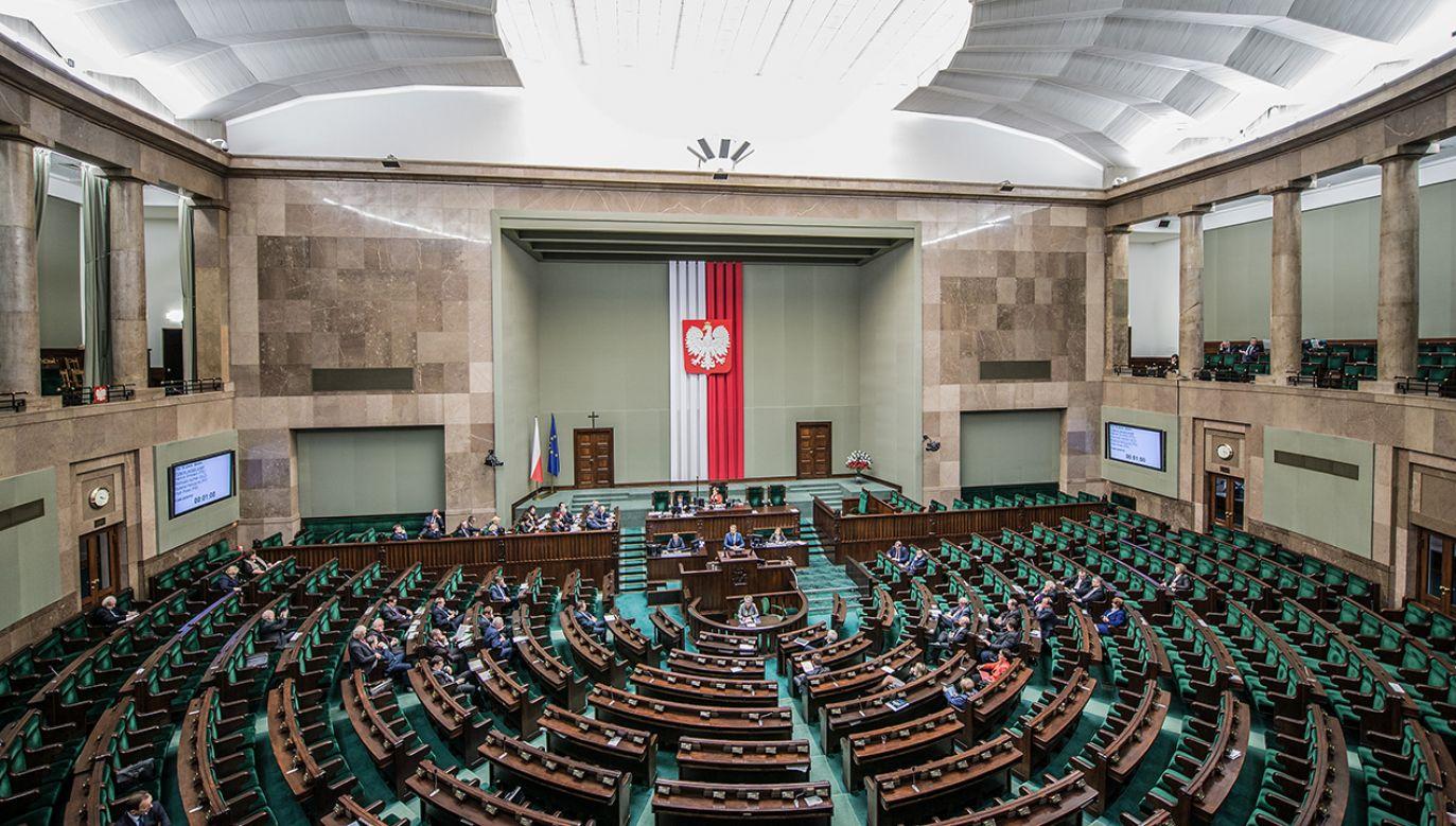 Nadzór nad śledztwem CBA objęła olsztyńska prokuratura okręgowe (fot. Shutterstock/Fotokon)