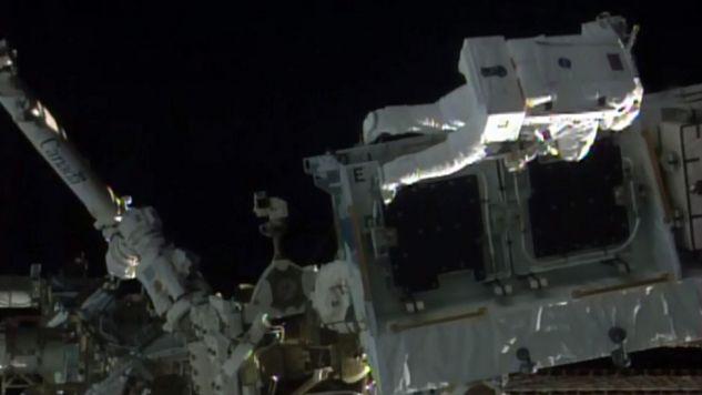 To już 197 kosmiczny spacer w historii (fot.PAP/EPA/NASA /HANDOUT)