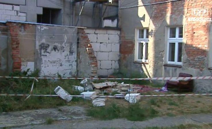 Zawaliła się ściana kamienicy przy Grunwaldzkiej w Bydgoszczy