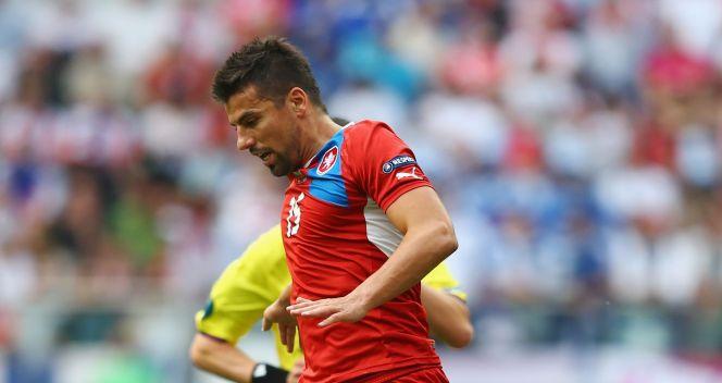 Milan Baros był dokładnie pilnowany przez rywali (fot. Getty)