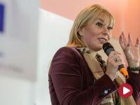 Elżbieta Bieńkowska do młodzieży: Sytuacja w Polsce nie jest normalna