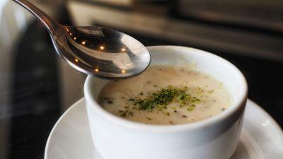 Zupa krem z ziemniaków i białych warzyw
