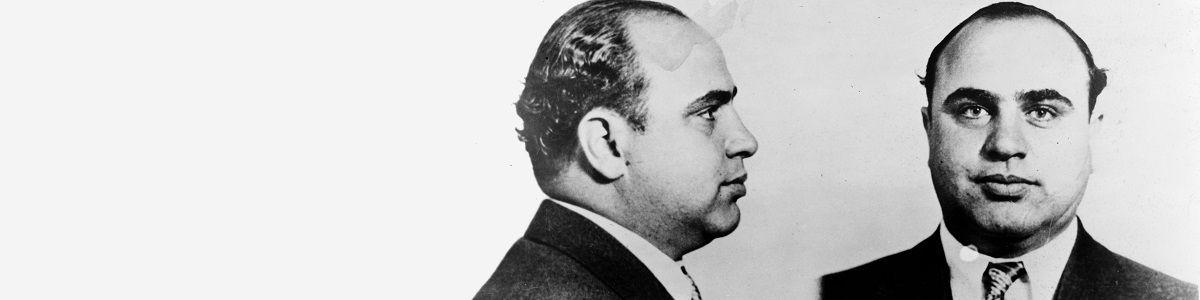 Za co Al Capone poszedł siedzieć?