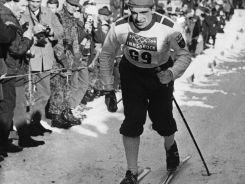 Fin Eero Mantyranta zmierza po złoty medal w biegu na 30 kilometrów (fot. Getty Images)