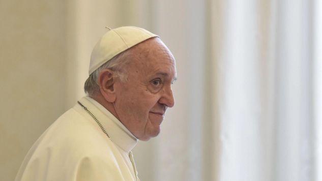 Papież Franciszek spotkał się z dziennikarzami zrzeszonymi we Włoskiej Unii Periodyków i Włoskiej Federacji Tygodników Katolickich (fot. PAP/EPA/ANDREAS SOLARO/POOL)