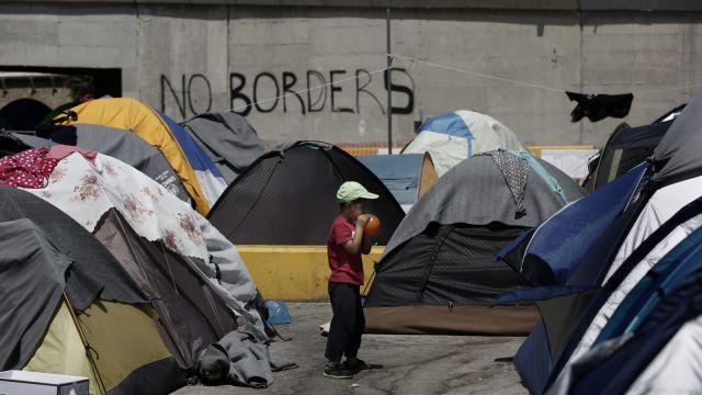 Jutro propozycja KE ws. uchodźców. Może chodzić o 250 tys. kary za uchodźcę