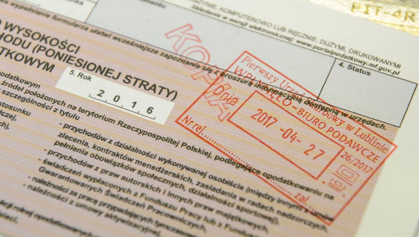 Polacy coraz częściej przyjmują zlecenia z zagranicy (fot. arch.PAP/Wojciech Pacewicz