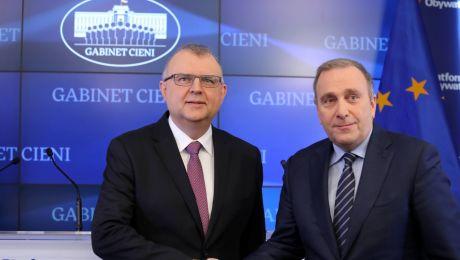 Kazimierz Michał Ujazdowski i Grzegorz Schetyna (fot. PAP/Tomasz Gzell)