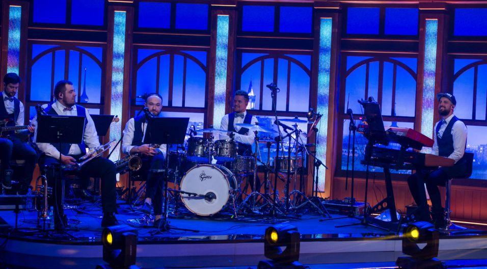 ...a wszystkim przygrywał zespół pełen zdolnych muzyków (fot. TVP)