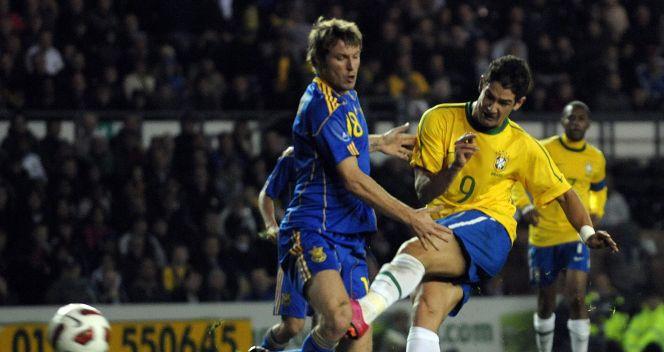 Pato strzelił drugą bramkę dla Canarinhos (fot. PAP/EPA)