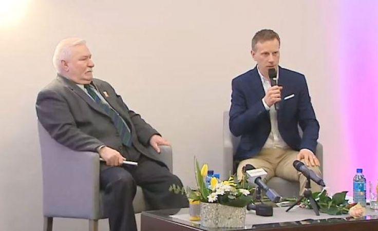 Wałęsa o polityce. Były prezydent spotkał się ze swoimi sympatykami