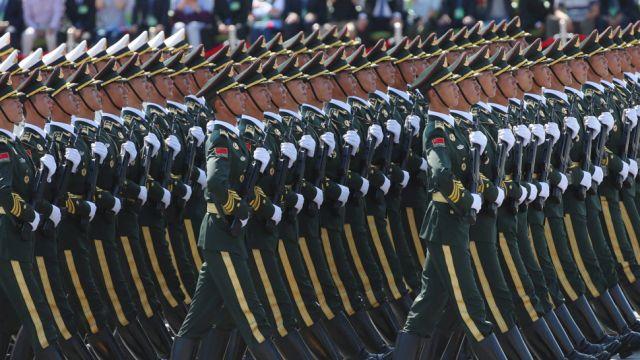 Chińska armia się skurczy. Xi Jinping zapowiedział redukcję sił zbrojnych