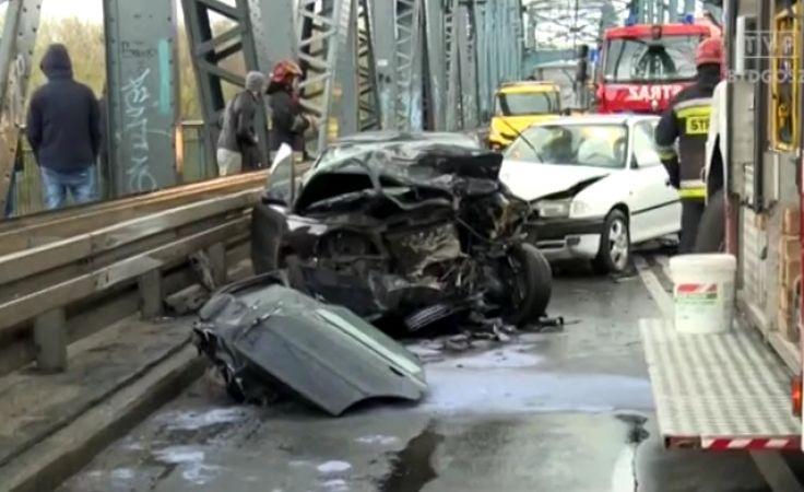 Po kraksie na moście ruch był sparaliżowany przez kilka godzin