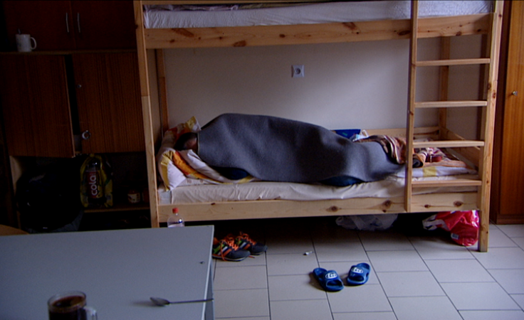 Coraz zimniej i coraz więcej bezdomnych. Gdzie szukać pomocy?